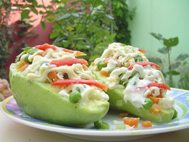 106 best peruvian food is simply amazing images on pinterest palta rellena con pollo comida translated avocado stuffed with chicken peruvian food forumfinder Image collections