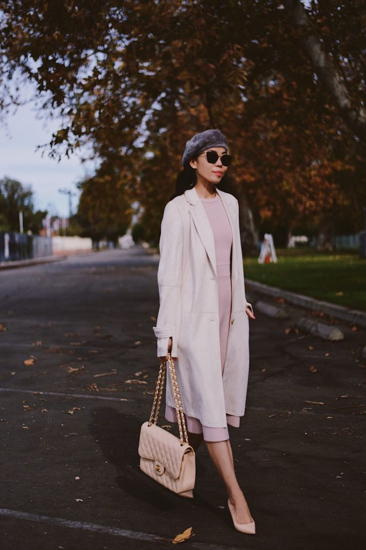 Dusty Pink Outfit and Beige Chanel Classic Jumbo