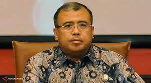 Takdir Patrialis Akbar: dari Kerja jadi Sopir Angkot sampai Menteri dan Hakim MK lalu Penjara?