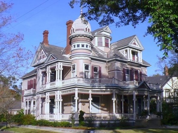 17 best images about victorian porches on pinterest for Victorian style modular homes