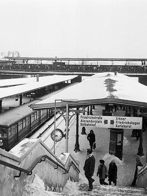 Der S-Bahnhof Ostkreuz im Jahr 1979