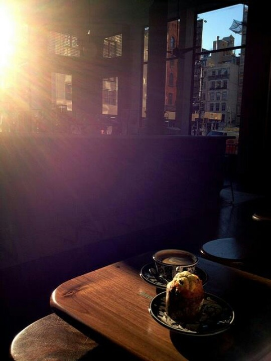 Beautiful is a day that begins with coffee'♥Good Morning America'