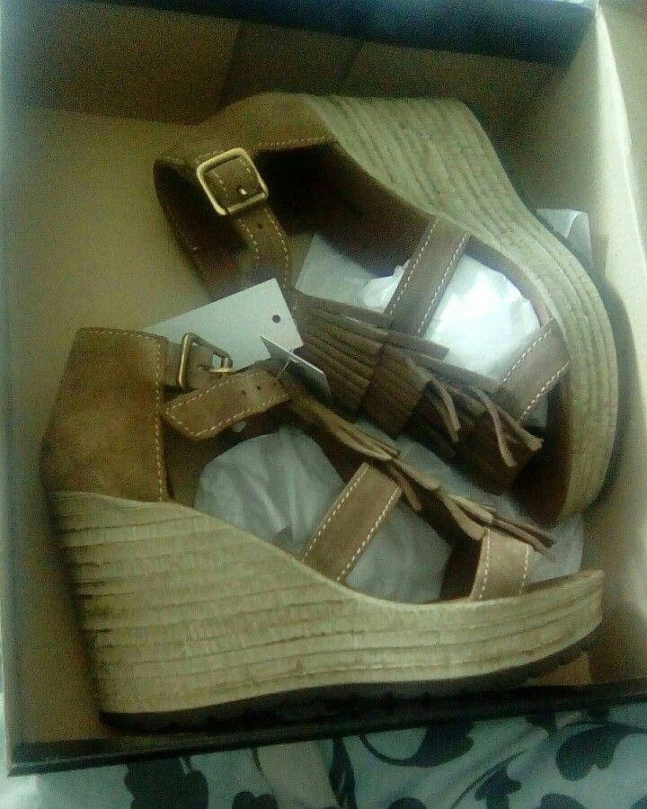 #sandals #jumbomoda #fashion  #trend #franjas #camel