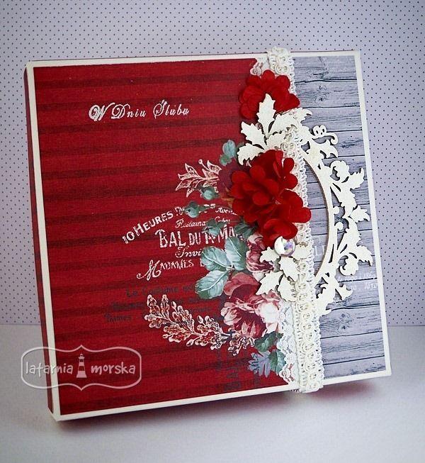 Box with white hot embossing  http://www.hurt.scrap.com.pl/pojedynczy-stempel-w-dniu-slubu-maly.html