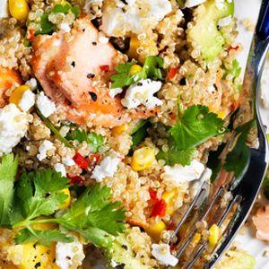 Salata cu somon, mango si quinoa - Salata cu somon, mango si quinoa este o salata destul de sofisticata, perfecta pentru zilele in care ai musafiri si vrei sa-i impresionezi cu ceva bun si sanatos