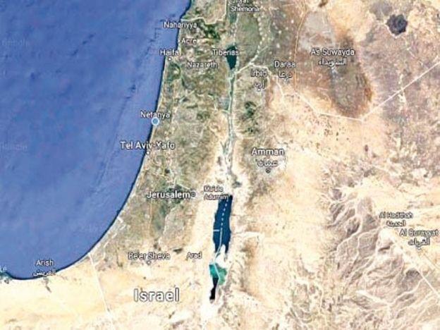 Google padam Palestin dalam Google Maps dan letak nama Israel   Syarikat enjin pencari gergasi Google menerima kecaman seluruh dunia selepas ia menggantikan nama Palestin pada aplikasi Google Mapsdengan Israel.  Padah padam Palestin dalam peta  Barisan Hadapan Wartawan Palestin (PJF) turut menyelar tindakan terbabit yang dilihat sebagai sebahagian daripada rancangan jahat Tel Aviv untuk menubuhkan negara yang sah bagi generasi akan datang dan pada sama menghapuskan Palestin selama-lamanya…