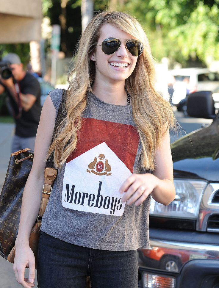 Emma Roberts and her gorgeous smile.