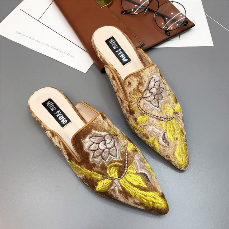 $56.98 ~ 2017 Women Fur Slides Mules Ethnic Satin Embroidery Slippers Casual Flats Shoes Woman Slip On Loafers Chic Mules Flower