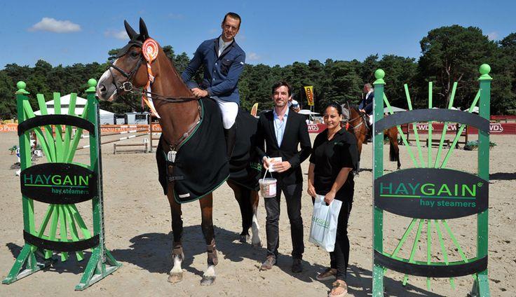 Le Prix Haygain s'est déroulé sur la carrière des Princes du Grand Parquet de Fontainebleau dans une ambiance festive et décontractée. L'Espagnol Eduardo Blanco s'empare de...