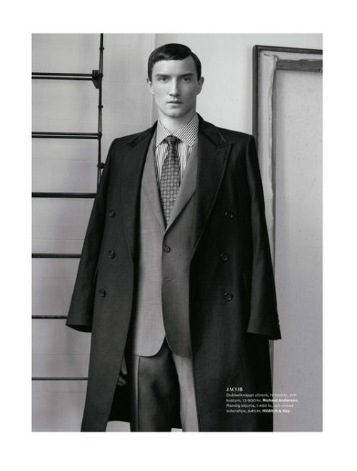 Vintage Inspired Menswear With Suit Tie And Coat Style