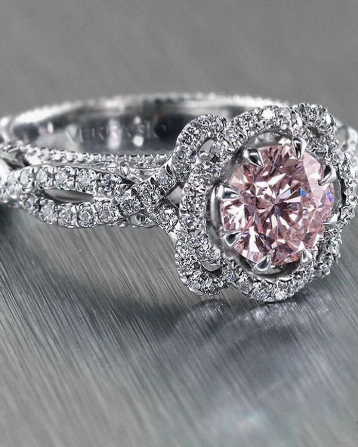 Dream on color and sparkles... #verragio #unlikeanyother #engagementring
