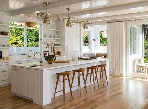 Get inspired by Cindy Crawford's Malibu beach house   domino.com