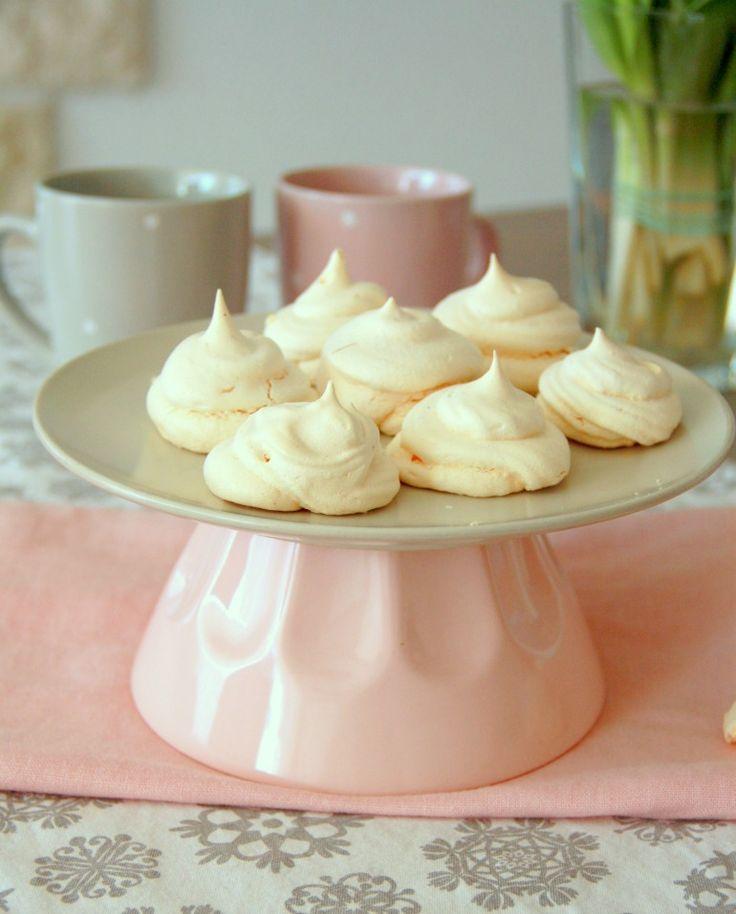 Słodycze bez cukru, bez tłuszczu, bez mąki? Tadam! #bezy #beziki #meringue #fit #nosugar