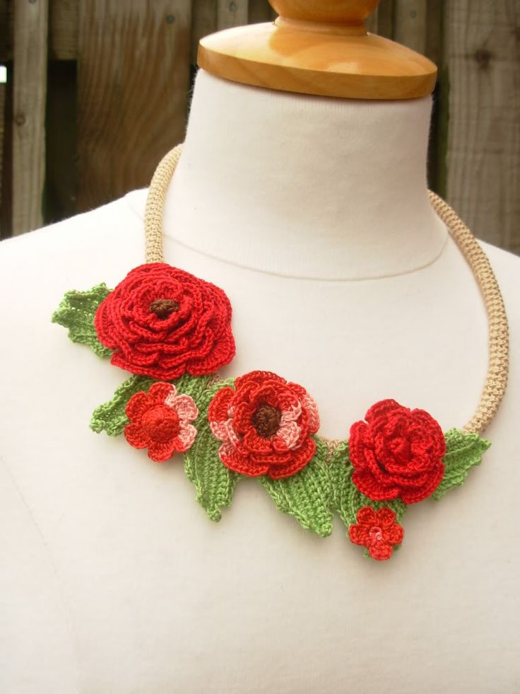 Crochet Flowers: How to make a necklace cord
