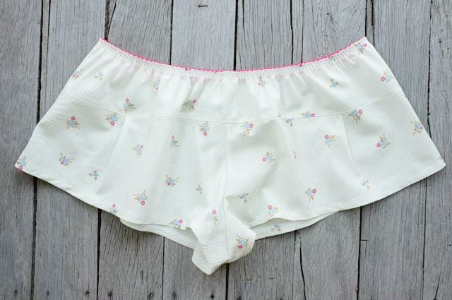 The Jane Knickers_folded Elastic - a pdf sewing pattern by Measure Twice Cut Once