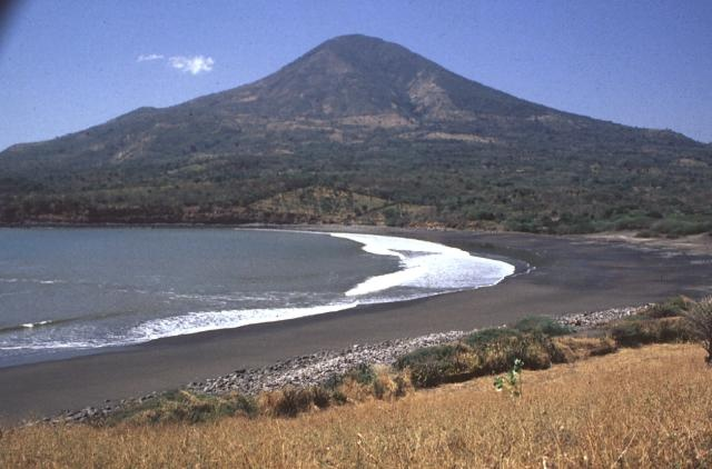 Conchagua (volcano) towers above sandy beaches along the Gulf of Fonseca at the SE tip of El Salvador
