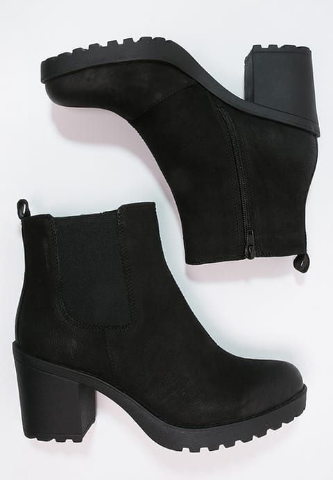 Shoes Vagabond GRACE – Ankle boots with platform – black Black: 99,95
