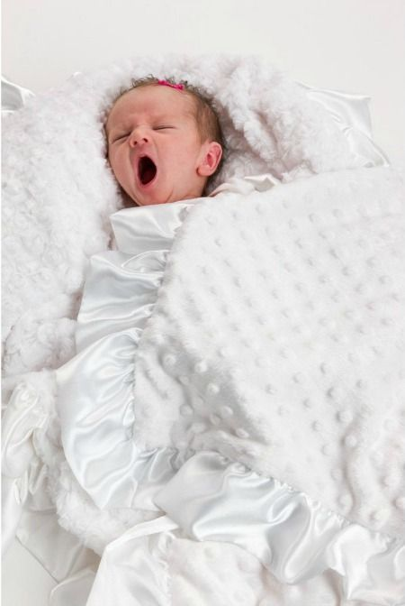 Beautiful White Christening Blanket to Gift | Baptism Gifts Online