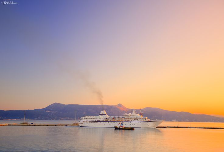 First light, Port of Corfu - First light, Port of Corfu