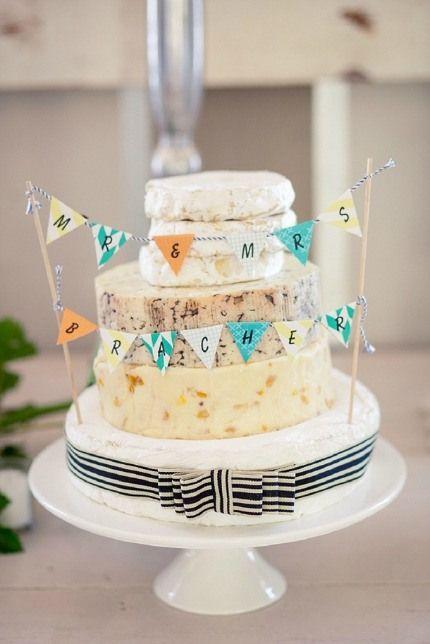 20 ways to style a cheese wedding cake