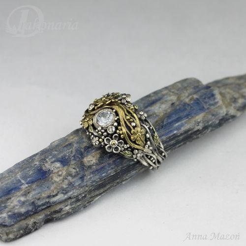Unique jewellery by Anna Mazoń