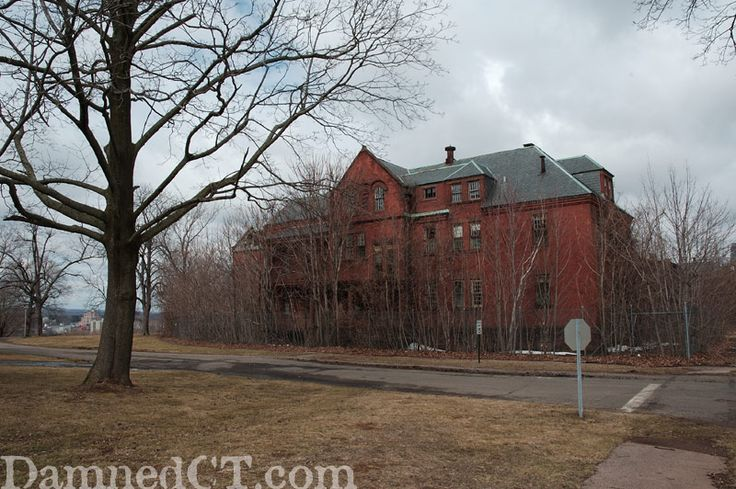 Abandoned Connecticut Valley Insane Asylum-Silver St. E. of Eastern Dr., Middletown, Connecticut (This facility was founded in 1868 as the Connecticut Asylum for the Insane. Through the years, the name has changed several times, as have treatment methods. In 1961, the hospital was renamed Connecticut Valley Hospital (CVH). The patient population, which was over 3,000 in the 1950s, approached 180 during 1995.)
