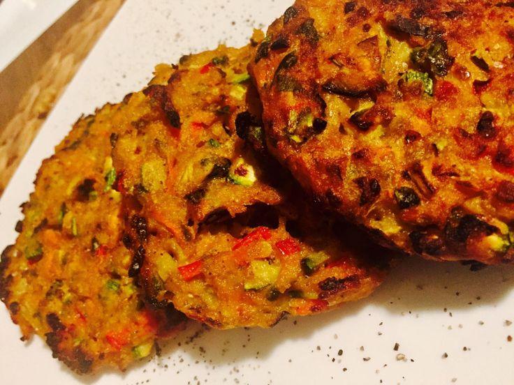Αυτά είναι τα πιο νόστιμα, γρήγορα και εύκολα μπιφτέκια λαχανικών που μπορείς να φτιάξεις αλλά και να φας.