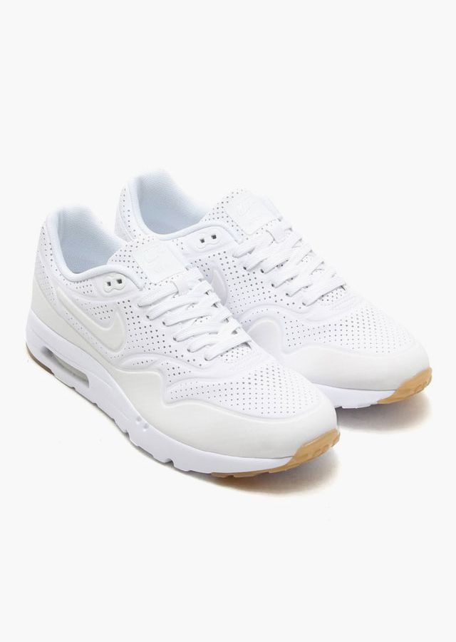 clean white nike shoes youtube kelly's father figures review