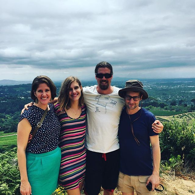 Americans and a tall Canadian with a sense of humour!! #funnytshirt #landroverexperience #eaglesnestwines #constantia1685 #view #clouds #trees #green #constantiawinetour #smiles