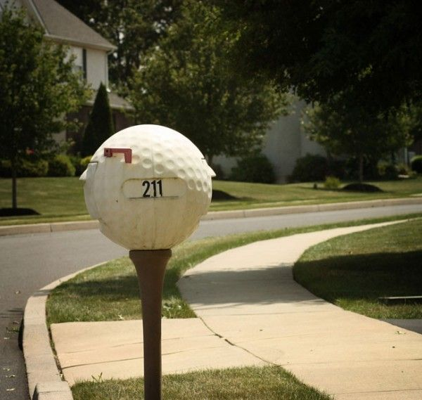 49 best images about creative mailboxes on pinterest old for Creative mailbox ideas