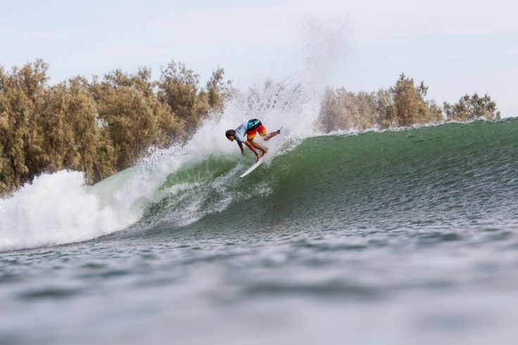 World Surf League announces 2018 stop at Kelly Slater's Surf Ranch, a man-made wave