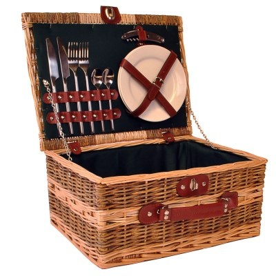 Scottish Hampers Launch New Range Of Fitted Picnic Hampers ,  http://www.scottishhampers.co.uk/news/scottish-hampers-launch-new-range-of-fitted-picnic-hampers/