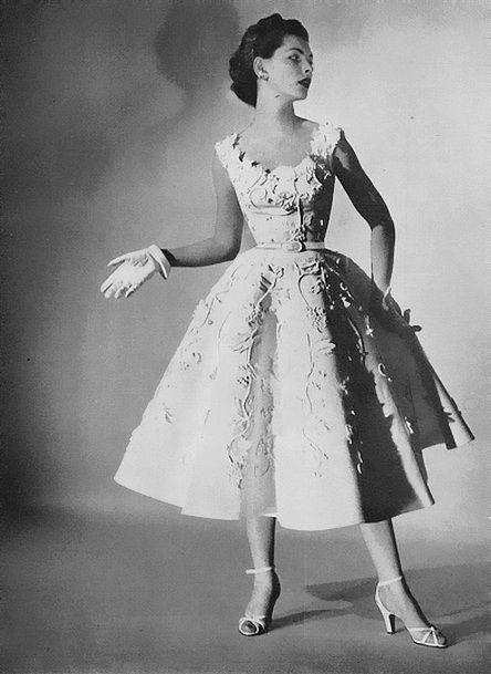 Georgia Hamilton <3 Vogue 1952