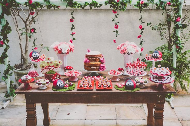 Festa Infantil | 1 ano da Joana {Decoração, papelaria e acervo: Santa Dica Festas | Fotografia: Leo Staccioli}