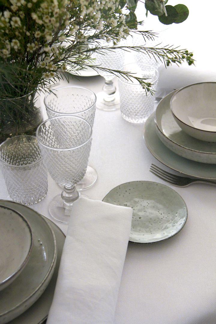 alquiler mantelería lisa color blanco para catering, particulares, floristas, decoradores, wedding planner, empresas, organizadores de eventos, organizer planner, hoteles, restaurantes