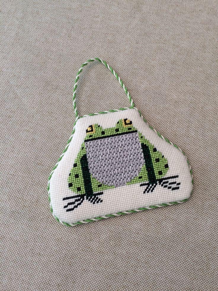 Frog needlepoint ornament, Charley Harper design?