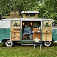 Los campings y las caravanas se han hecho un lifting. Ahora son la aventura alternativa más solicitada por los amantes del diseño, el lujo y las peripecias.