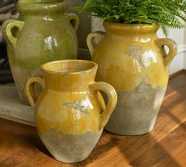Rustic Urns - These inspire me to dig out my old Southern Living at Home Tuscan Olive Jars.