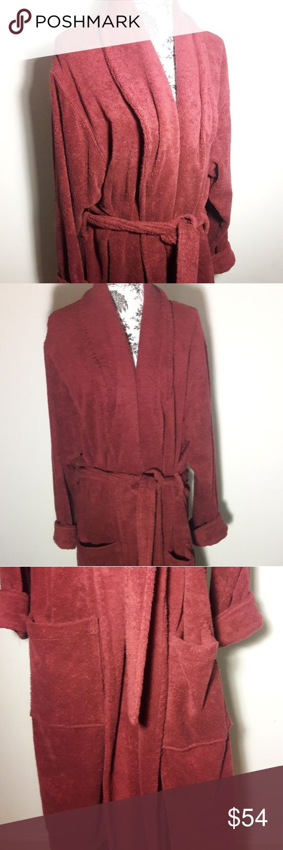 LL Bean Mens Thick Yerry Cloth Robe Size Large LL BEAN   Men's Robe Size Large 100% THICK COTTON TERRY Bathrobe. Nice Cozy & Warm. A Must Have!   Details:  Shawl Collar  Long Sleeve 2 Front Pockets Men's Size Large Full Length, Long Full Length Tie Belt  Thick, Warm and Absorbent  Pre-owned in Excellent condition Please be sure to view all images  Thank you for Looking & Sharing Happy Poshing😄 L.L. Bean Other