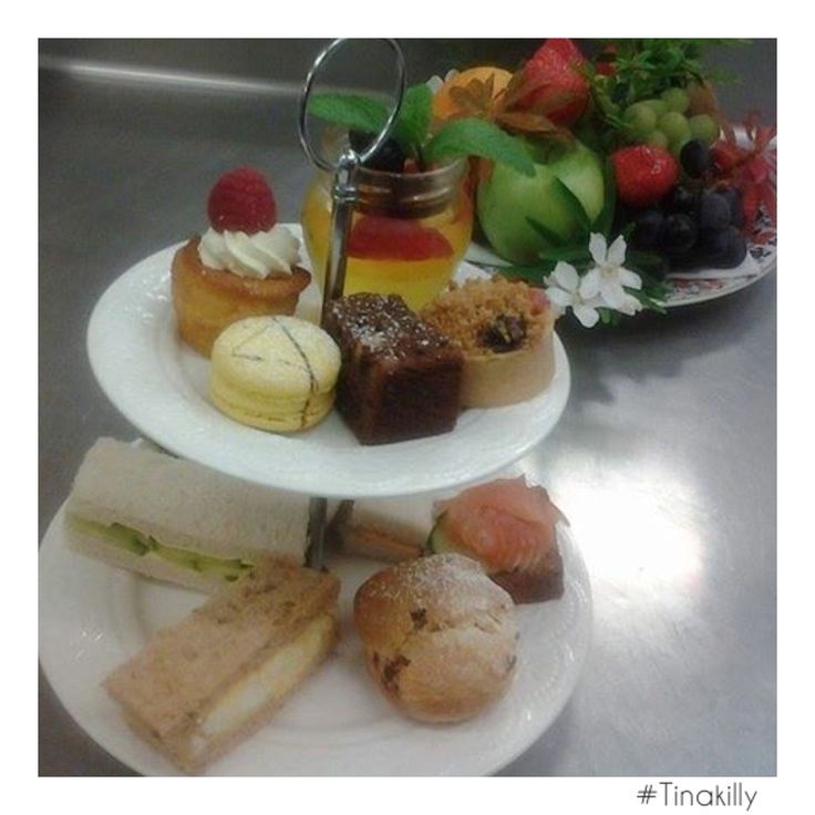 Sweet dreams are made of @tinakilly_country_house_hotel afternoon tea.....☕️ #Tinakilly #tinakillyhouse #TinakillyKitchens #TinakillyAfternoonTea