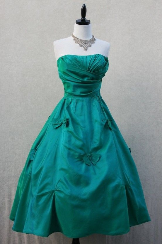 1950s Teal Wedding Dress...how beautiful and cute!! (minus those bows)