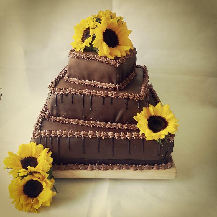 Tort weselny, czekolada plastyczna, słoneczniki, tort ze słonecznikami, tort weselny w stylu angielskim