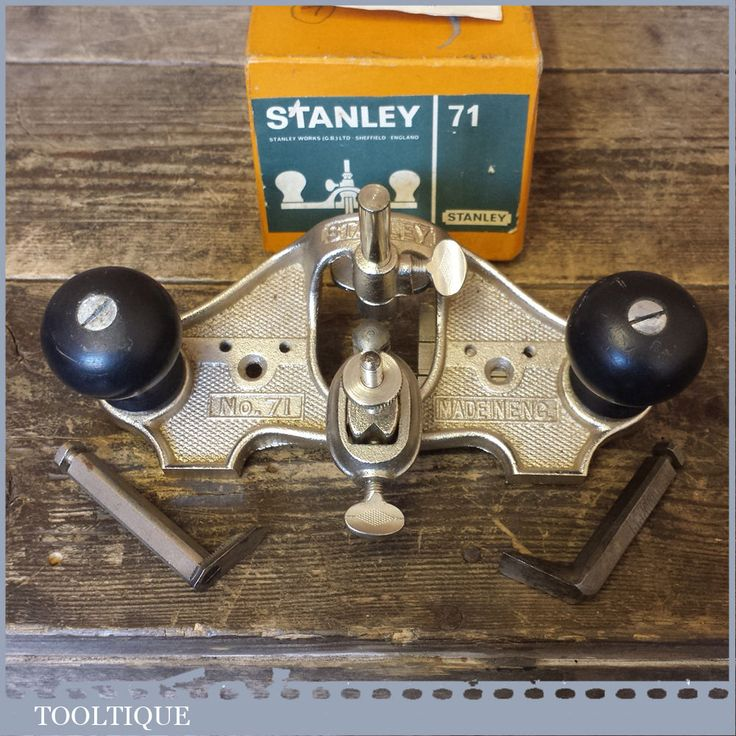 Vintage Stanley No: 71 Hand Router Plane Complete With 3 Cutters In Original Box