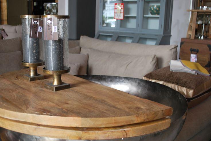 Nu bij Meubels en Meer; Prachtige India salontafel, 489,- euro!!  #interior #candles #rural #industrial #grey #brown #wood #interieur #ruralinterior #landelijkinterieur #landelijk