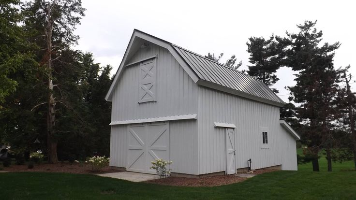 Best 10 pole barn house kits ideas on pinterest for Gambrel barn homes kits