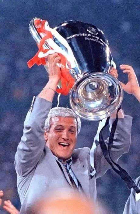 Marcello Lippi. ¡ hombre que nos ha llevado a ganarlo todo! Gracias por todo señor!