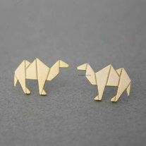 Adorable , Unique and Simple Origami Camel earrings. horse earrings, camel earrings, animal earrings, animal origami, woman earrings, cute earrings, animal  Size/Dimensions/WeightThe  size of camel is 12mm * 18mm  Materials utilised Gold plated over brass/Rhodium Plated over brass ear pos...