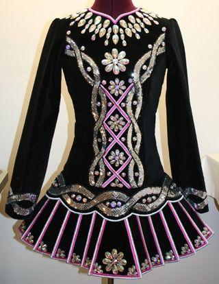 such an elegant solo dress!