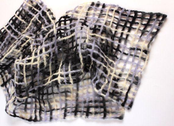 Felted wool scarf-felt scarf-50 shades of grey clothing-felted scarf-grey felted scarf-Dry felting-stole felted-30cmx170cm
