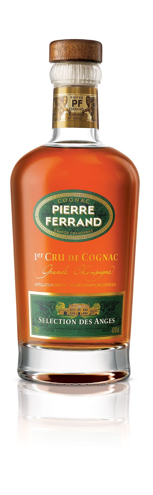 The #PierreFerrand Selection Des Anges #cognac is a blend of Grande Champagne cognacs of average age 30 years.